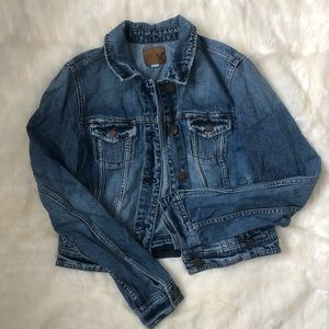 A merican Eagle distressed cropped jean jacket, S